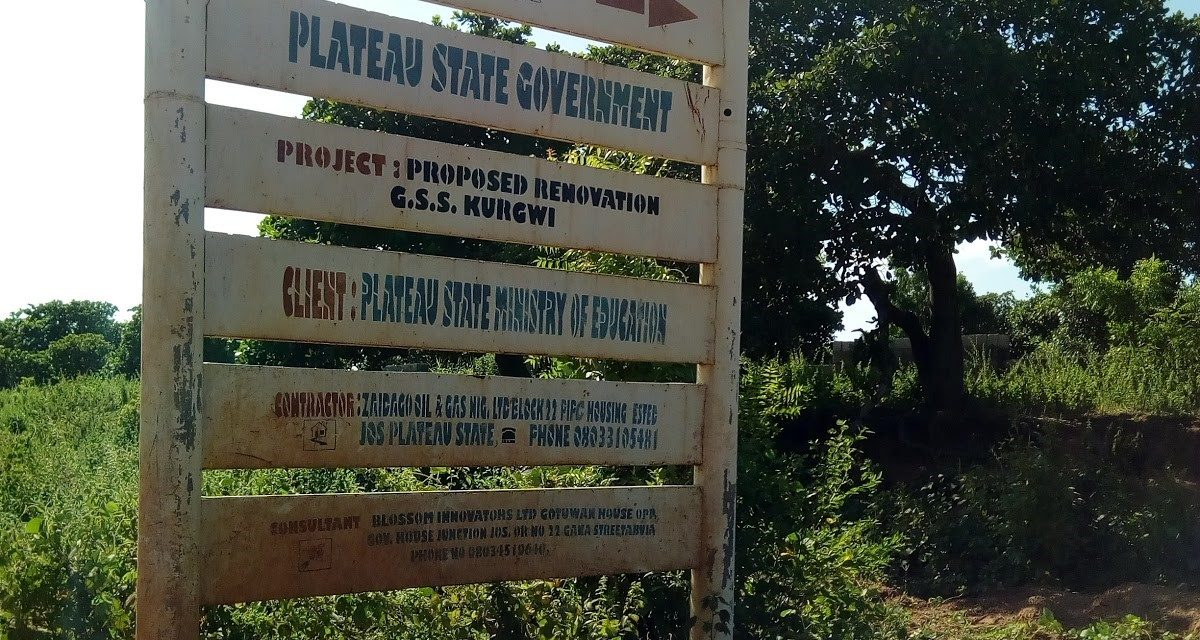 #FurnishKurgwi: Supply of furniture in GSS Kurgwi, Quan Pan LGA, Plateau South Senatorial District